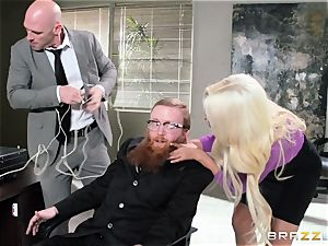 Bank robbing babe Bridgette B penetrates in front of the chief