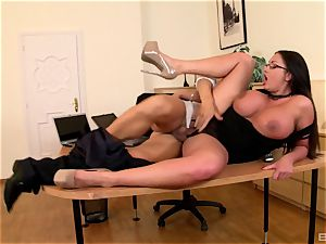 cougar Emma booty wearing glasses