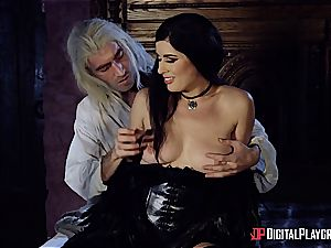 Danny D fools around as Geralt and romps black-haired babe