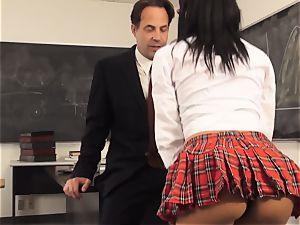 insane student Luna starlet entices her tutor
