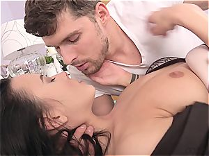 jaw-dropping dark-haired with natural bra-stuffers likes the afternoon pulverize