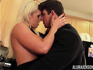 Alura Jenson gets pounded by big muscle man Zeb Atlas