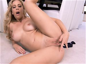awesome milf Cherie Deville flashes exactly what she likes