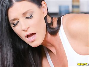 mischievous milf India Summers thrashed in the pussy during yoga