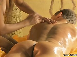 A calming Kind Of rod and bod massage