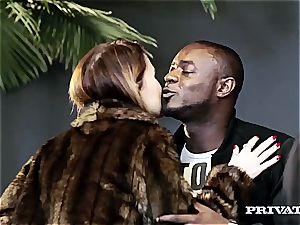 Amirah Adara and Misha Cross love multiracial orgy