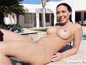 Rachel Starr juggles her wet gash on Johnnys rock hard spear