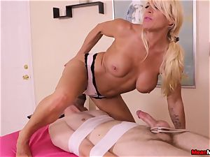 domineering milf masseuse Wants That You Respect Her Rules