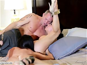 Veronica Avluv and India Summer - My dear husband, you want to attempt my friend's labia