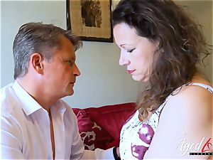 AgedLovE Bussinesman Seduced by red-hot Mature mom