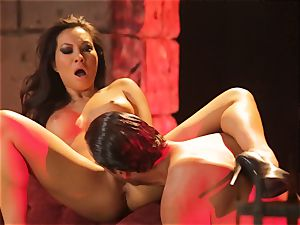 Asa Akira gets her scorching lips obese a enormous long fuck-stick