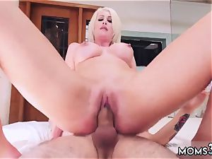 Real mommy hand job Spying Juan ultimately Got humped By Stepmom