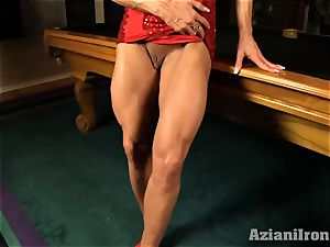 Buff towheaded inserts ample glass fake penis in her snatch
