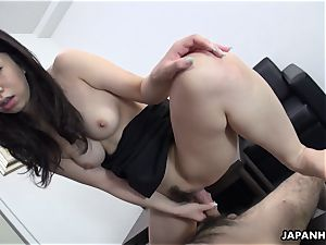 japanese cuttie slides that shaft in her and pops