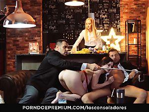 LOS CONSOLADORES - Cassie Fire strenuous duo four way