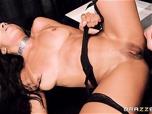 stellar stunner Anya Ivy plumbed ballsack deep on her appointment