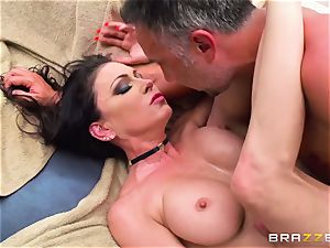 busty rich chick Jessica Jaymes exploits her subjugated and takes his humungous man meat