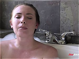 super-hot sisters romping in the bath