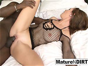 brunette mummy jerks before taking a big black cock