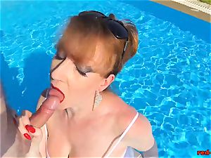 british Mature crimson xxx throating beef whistle in a pool