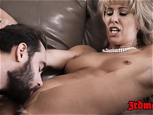 Mature honey Cherie Deville wedges tight pussy with manstick