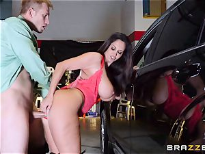 super-steamy cop Ava Addams takes advantage of a opportunity grab